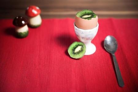 kiwi-egg